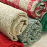 4 Essential Holiday Decorating Supplies