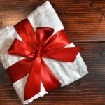 Handmade Gift: Easy DIY Blanket
