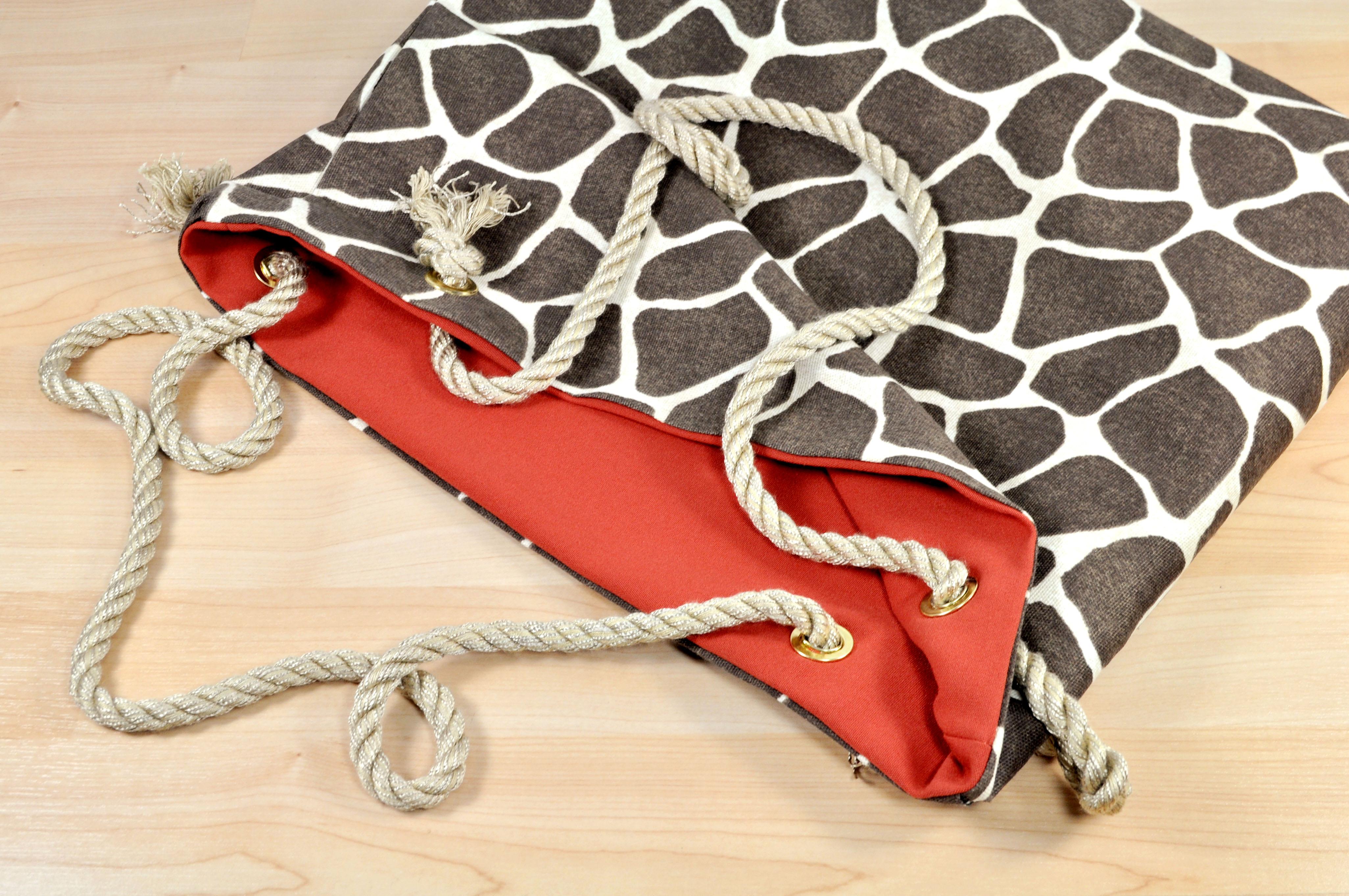 GiraffeBag2