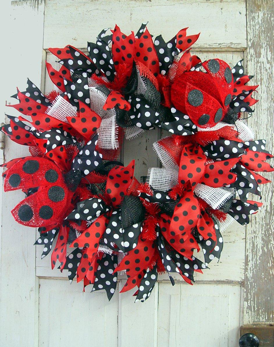 ladybug-wreath-finished