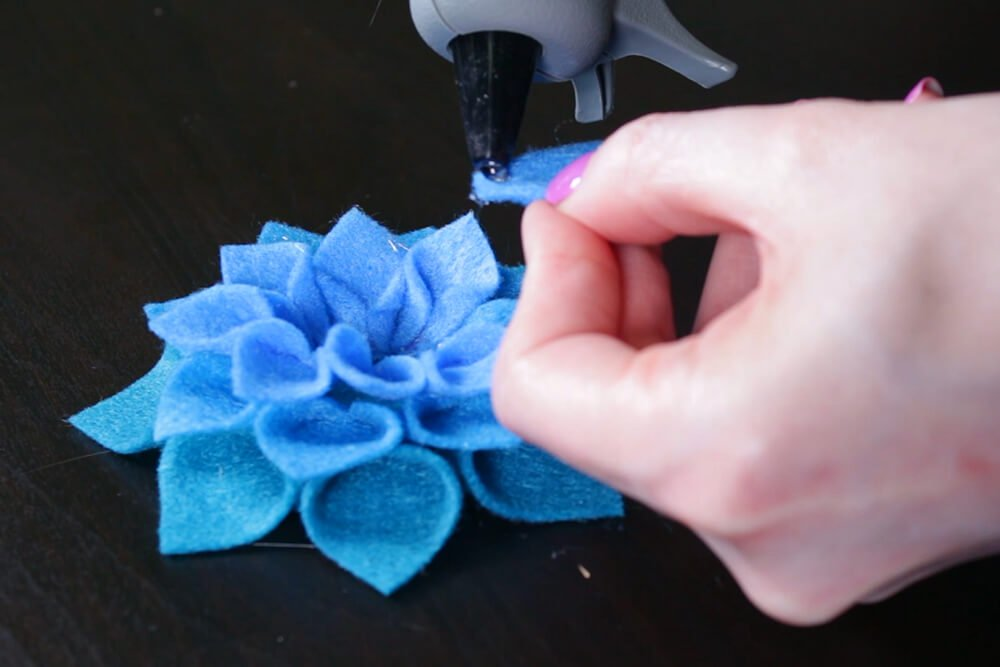 No Sew Felt Flower DIY Tutorial - Glue the flower together