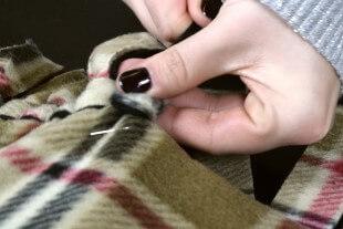 No Sew Fleece Blanket DIY Tutorial
