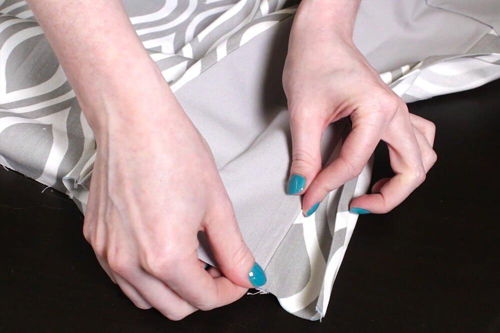 No Sew Valance - Line up edge of pleat
