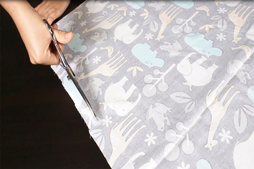 How to Sew an Easy Baby Blanket - Cutting the fabric