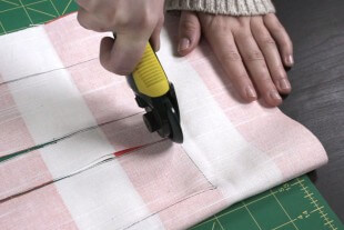 How To Make a Simple Tote Bag - Adding the straps