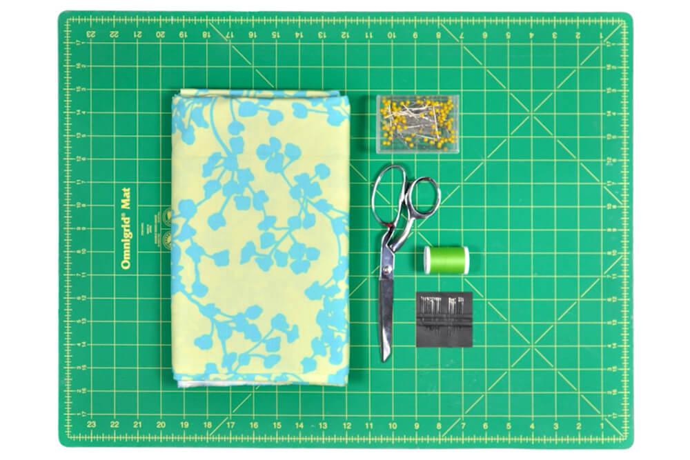 DIY Infinty Scarf Tutorial Materials