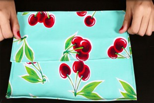 How to Make a Cosmetic Bag With Brush Holder - Stitch the brush holder