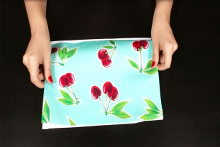 How to Make a Cosmetic Bag With Brush Holder - Finish the edges