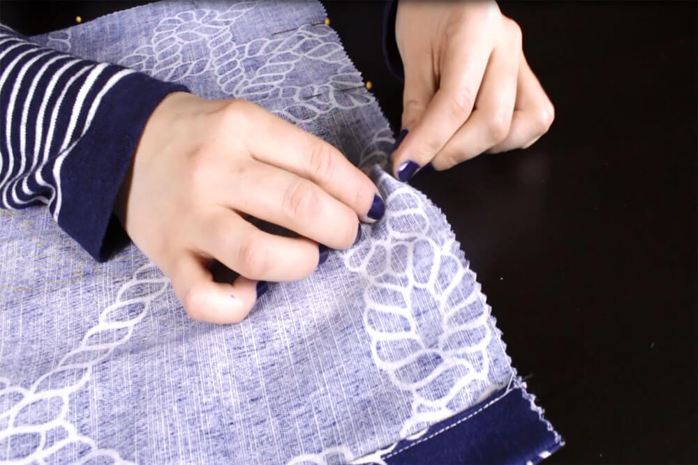How to Make a Drawstring Bag - Pin the bag and drawstring