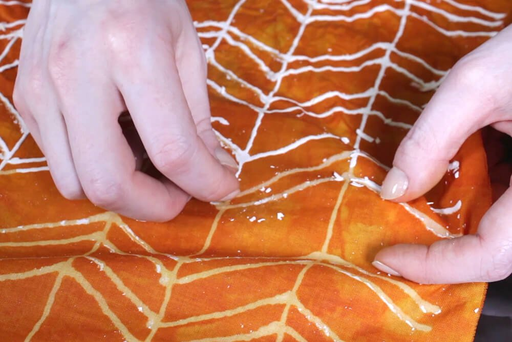 How To Dye Fabric: No Wax Batik Technique - Rinse and remove the glue