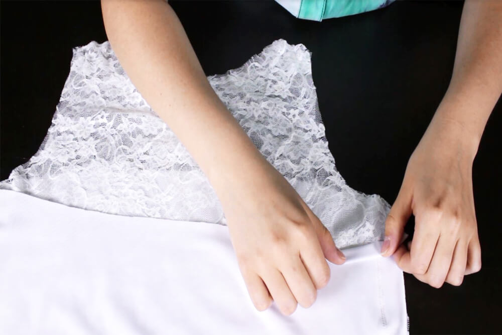DIY Lace Blouse Tutorial - Finish the top of the lining