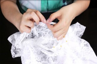 How To Make a Lace Blouse With a Lining - Finish the neckline