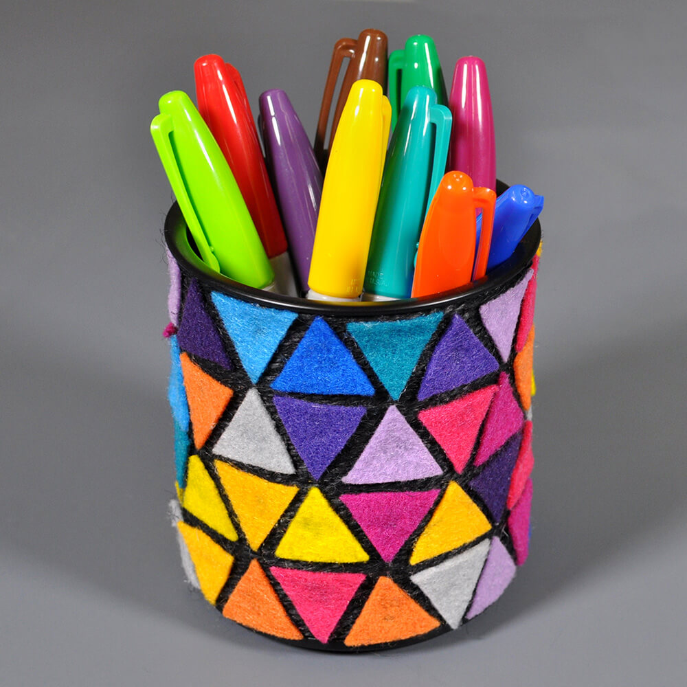 How To Make a Felt Pencil Holder-finished-2