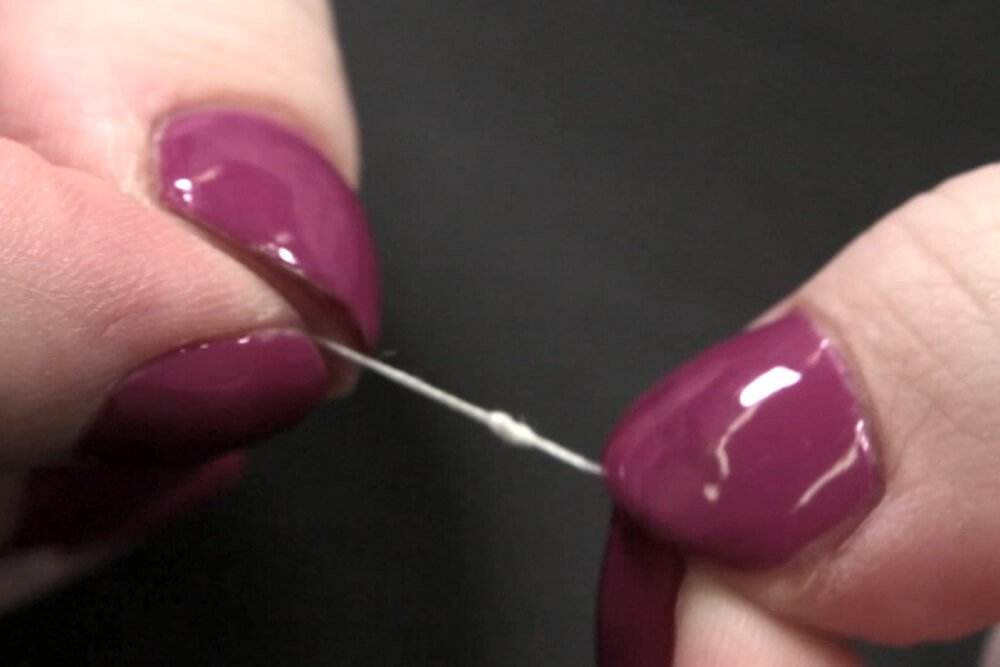 How to Sew an Invisible Stitch - Threading the needle