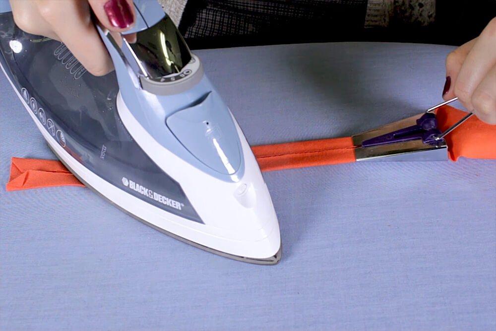 DIY Crop Top Tutorial - Sewing the bias tape
