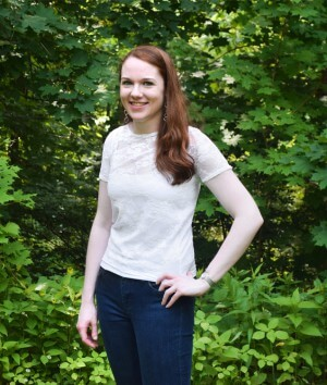 How to Make a Lace Blouse with a Lining