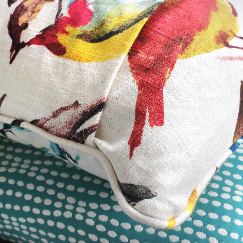 How to Sew an Envelope Pillow with Piping - Finished