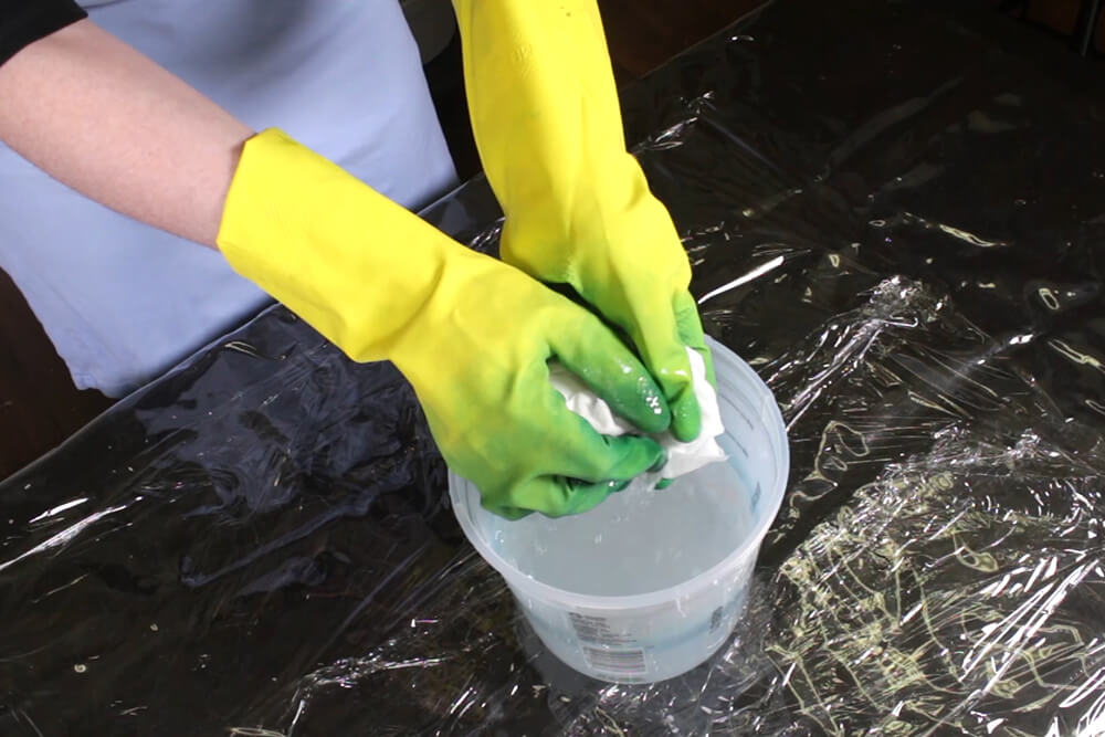 How to Dye Fabric - Painting with Dye - Painting