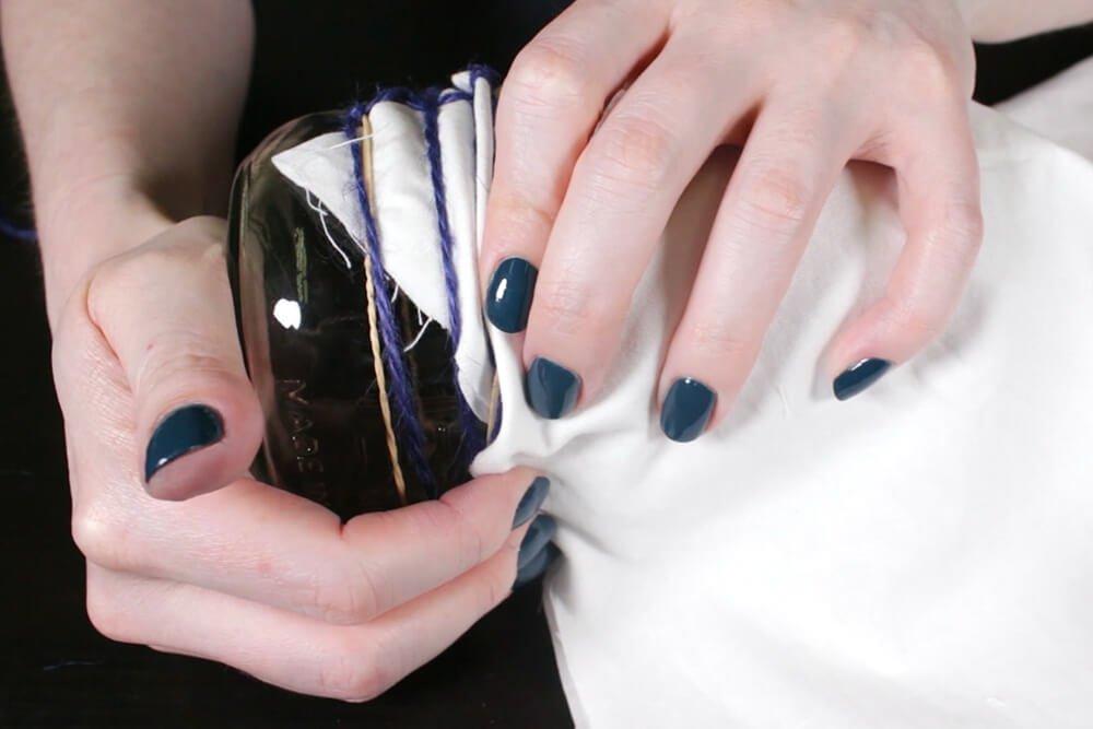 Shibori Pole Dyeing Technique - Scrunch up the fabric