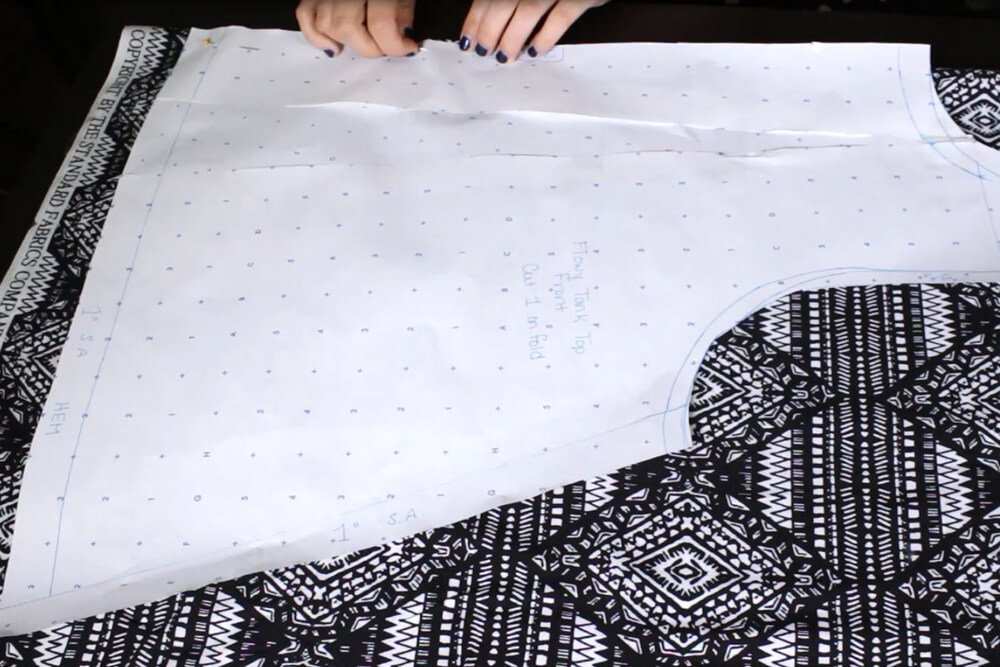 DIY Sleeveless Blouse with Zipper Tutorial - Cutting the pattern