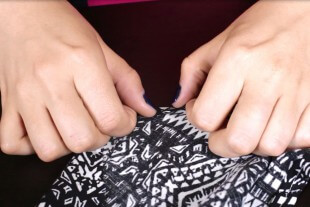 DIY Sleeveless Blouse with Zipper Tutorial - Finishing the edges