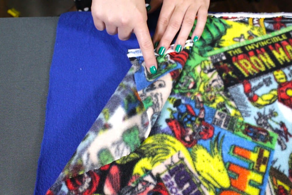How to make a no sew fleece pillow - Measure & cut the fabric