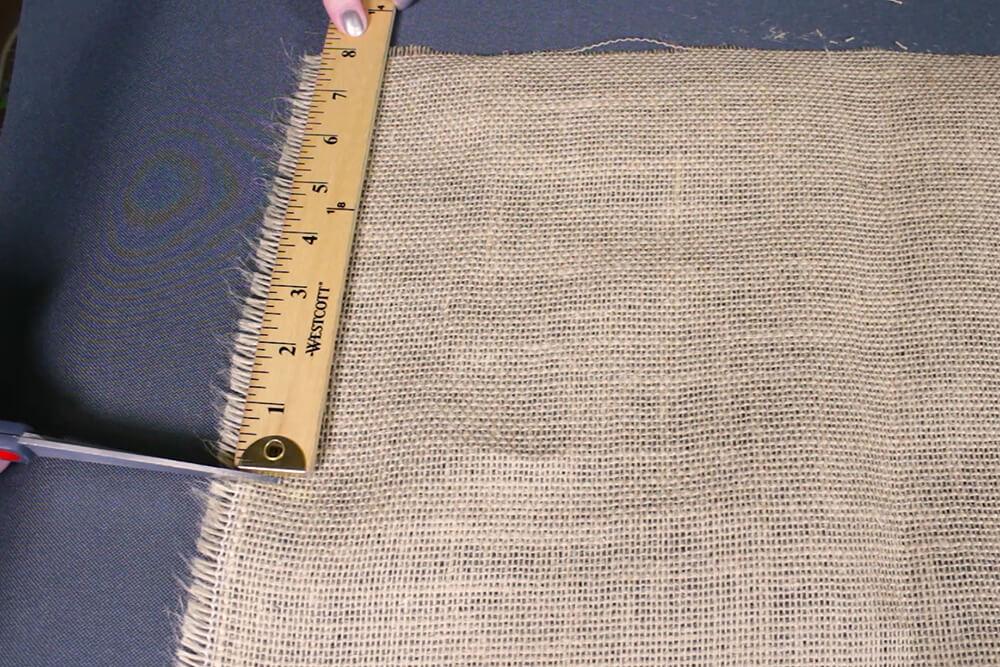Burlap Tree Skirt - Measure 8 inches