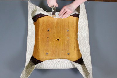 reupholster an office chair. how to reupholster office chairs - upholster the cushions an chair