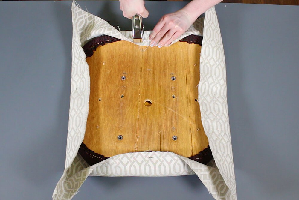 How to Reupholster Office Chairs - Upholster the cushions