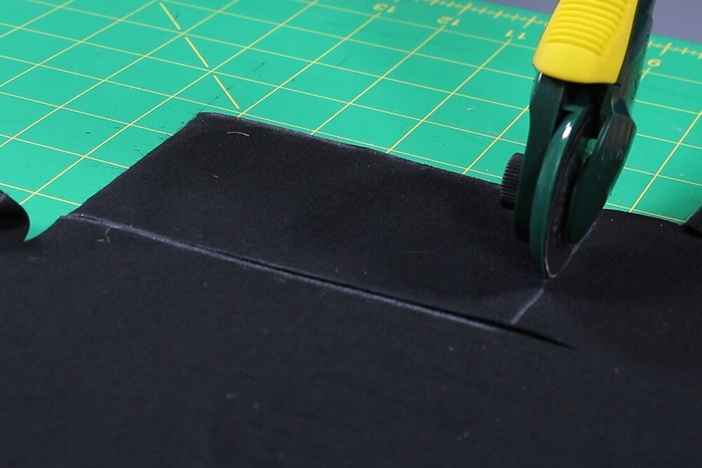 How to Make a Workout Tank Top - Pin & cut the pattern