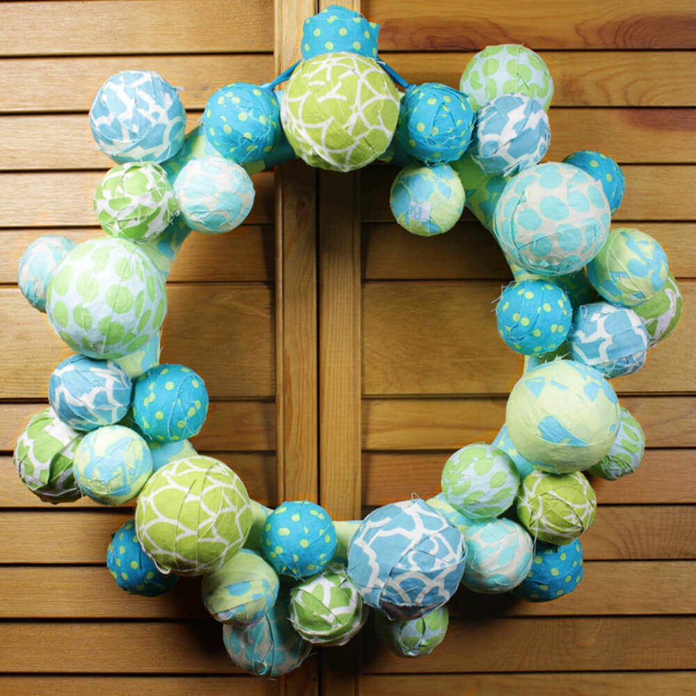 fabric ball wreath finished-3