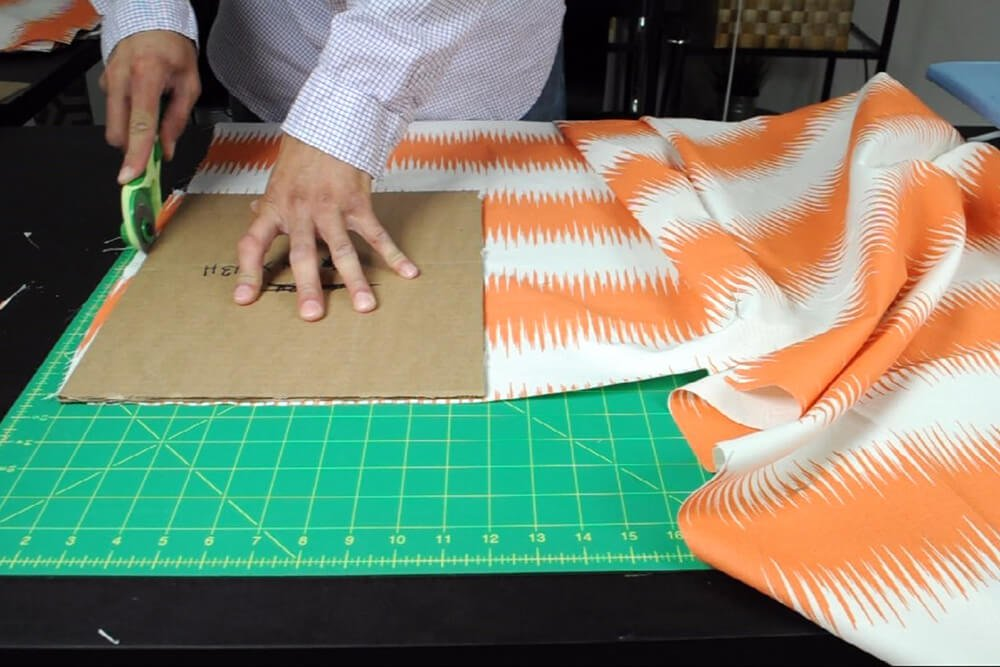 How to Make a Messenger Bag - Measure & cut the fabric
