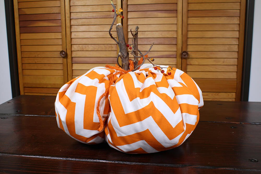 4 Easy Fall Table Decorations - Fabric Pumpkin