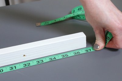 How to Make a Roman Shade - Measure & cut the materials