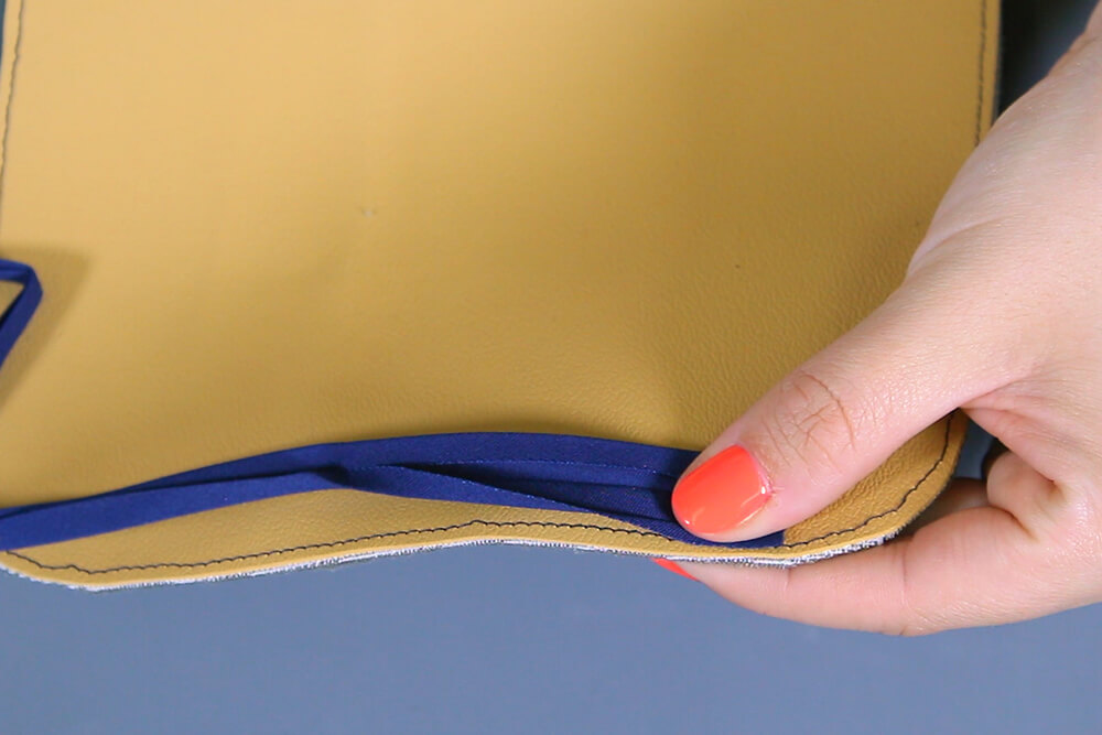 How to Make an Eyeglass Case - Add the bias tape