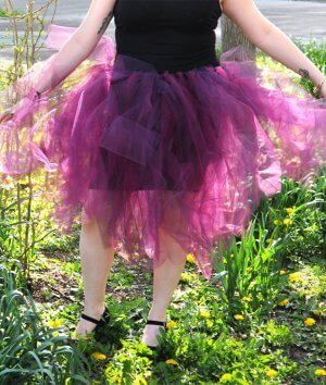 How To Make a No Sew Tulle Skirt