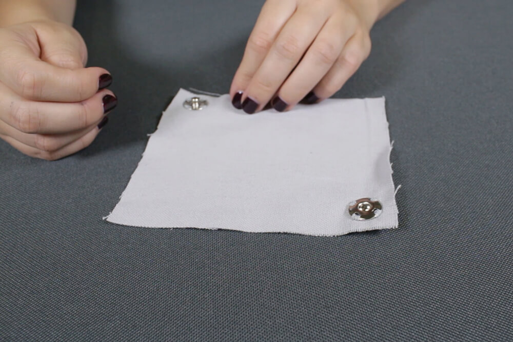 how-to-sew-on-snaps
