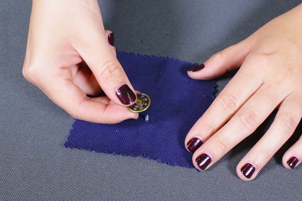 How To Attach a Jeans Button - Line up buttons