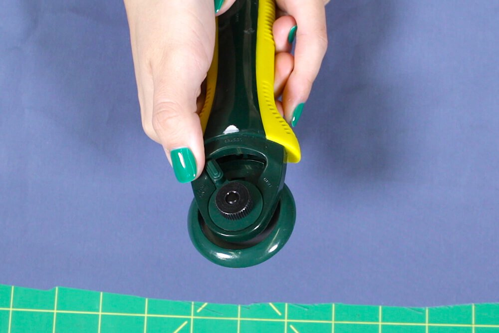 How To Use a Rotary Cutter - Unlock the blade