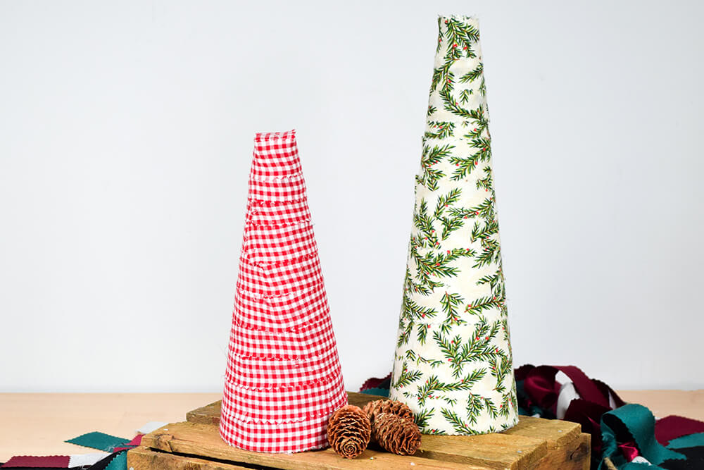 4 Easy Holiday Decorations - Fabric Tree