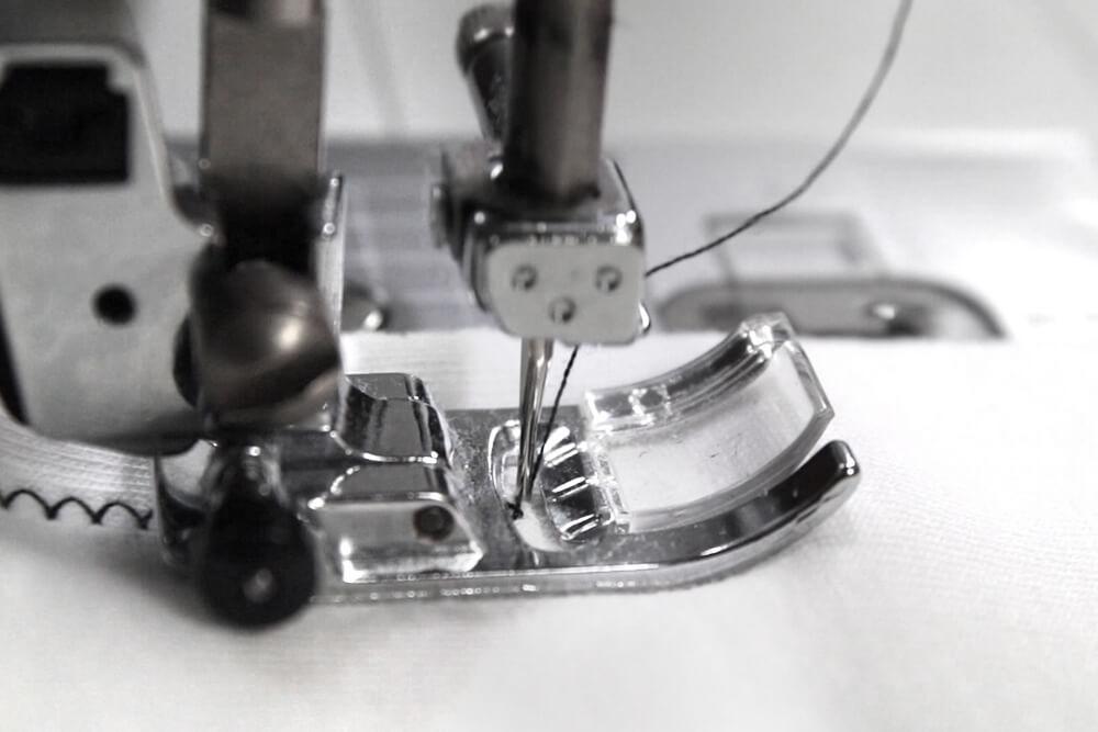 How to Sew a Zig Zag Stitch - Sew