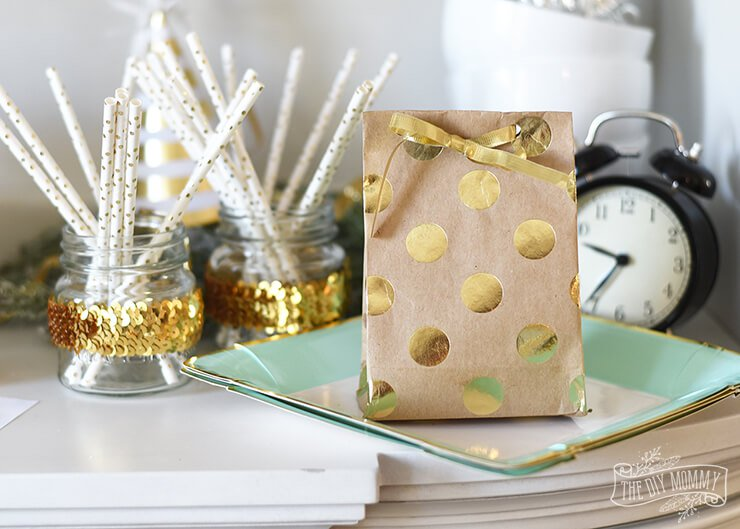 wrapping-paper-gift-bag
