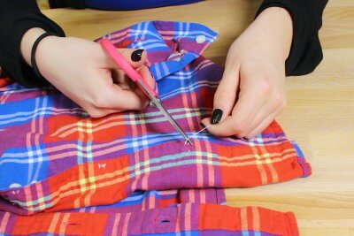 How to Adjust Buttons on a Button Down Shirt