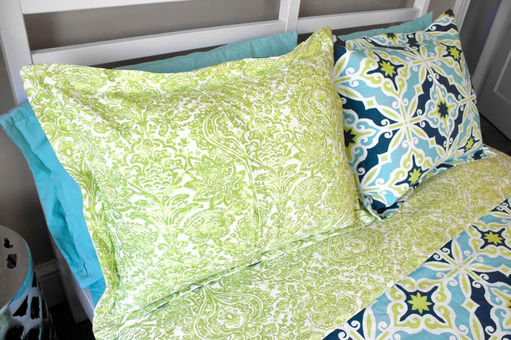Flanged Pillow Sham - Envelope back