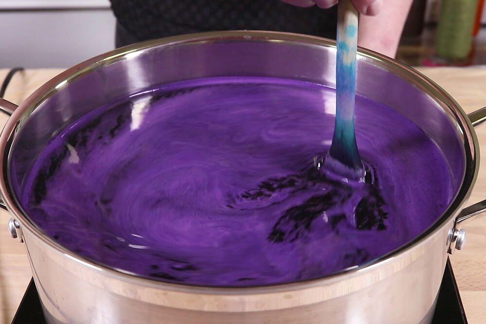 Rit DyeMore - Stir the dye bath