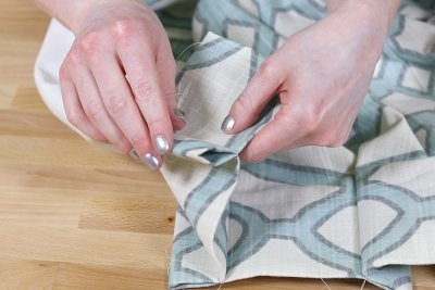 Inverted Box Pleat Curtains - Fold back pleat from center