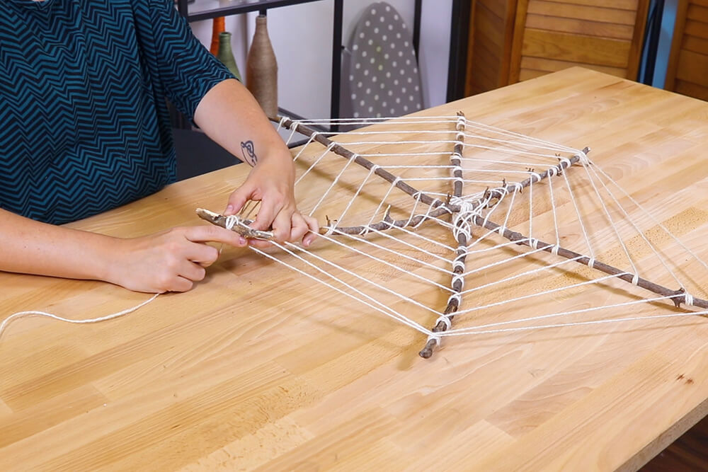 5 Halloween Decor Projects - Spider Web