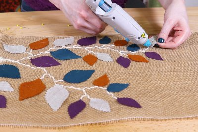 Burlap Table Runner - Continue gluing leaves