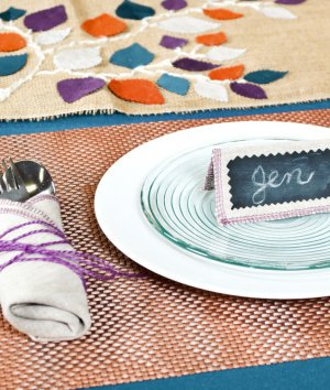 How to Make No-Sew Phifertex Placemats