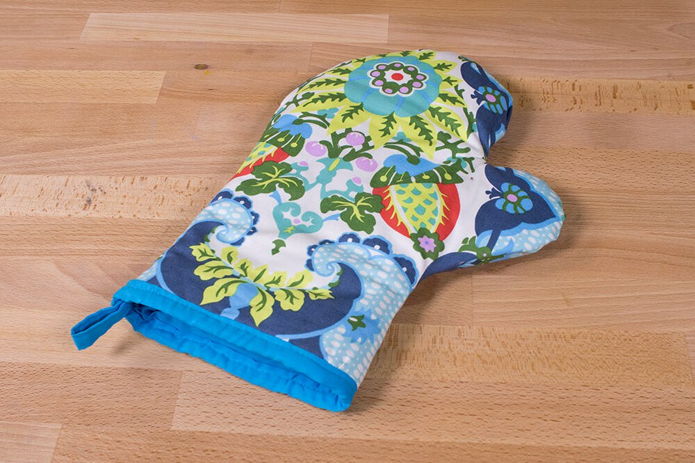 How to Make an Oven Mitt - Finished
